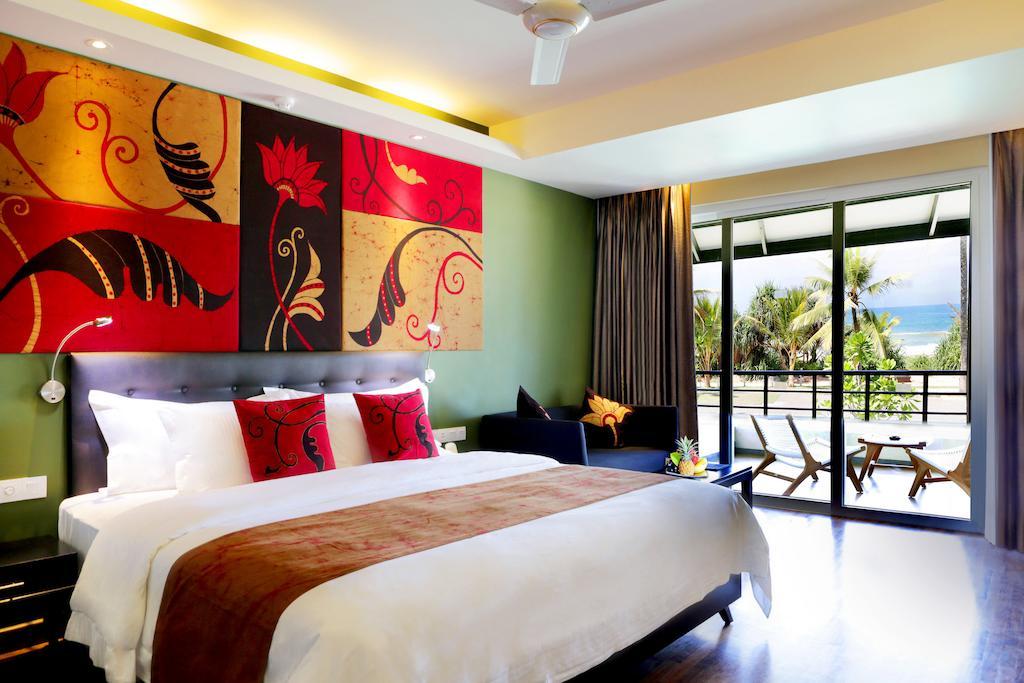 Тури в готель Centara Ceysands Resort & Spa Бентота