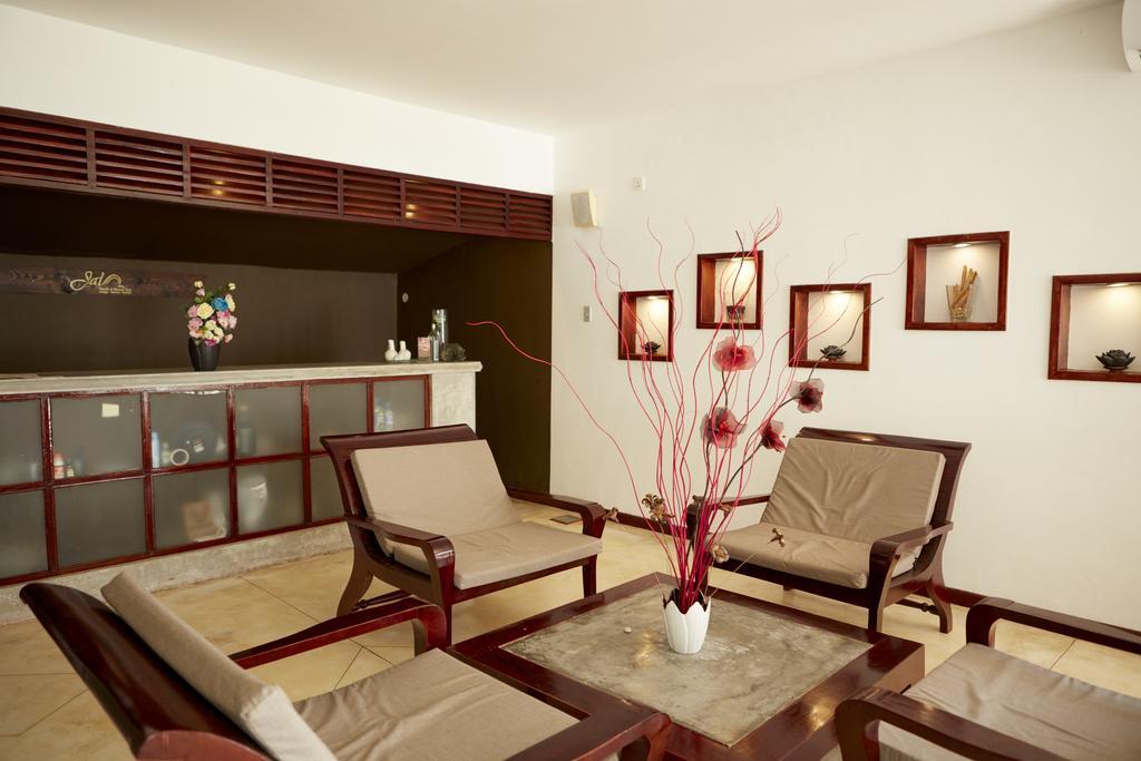 Фото готелю Dickwella Resort