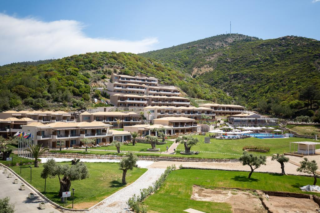 Відгуки про готелі Thassos Grand Resort
