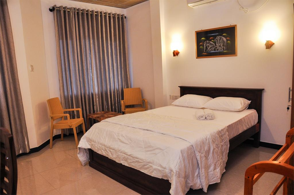 Отзывы об отеле Ritz Gate Kalutara