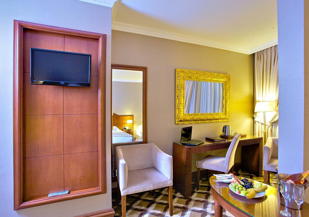 Отдых в отеле Tilia Hotel