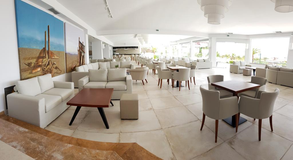 Відгуки туристів Alexandros Palace Hotel & Suites