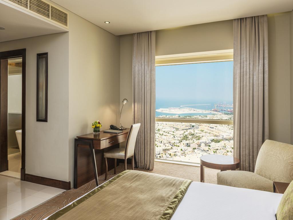 Тури в готель Millennium Plaza Hotel Dubai