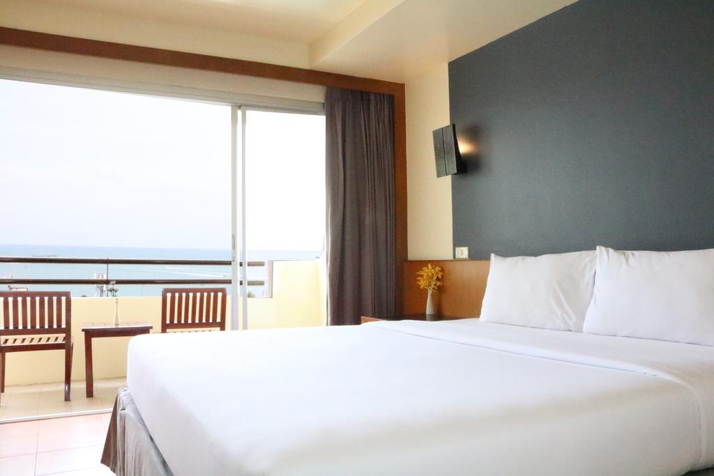 Цены в отеле Sunshine Hotel & Residence