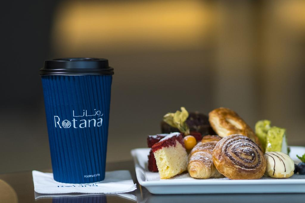 Фото готелю Jumeirah Rotana Hotel