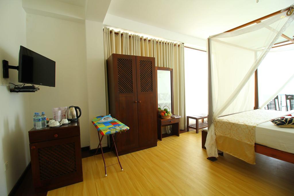Отдых в отеле Rock Fort Hotel & Spa Унаватуна