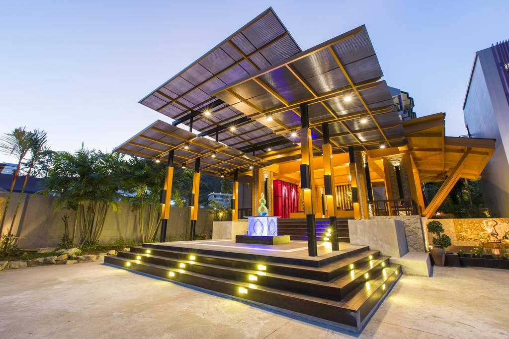 Тури в готель Phuvaree Resort  Пхукет