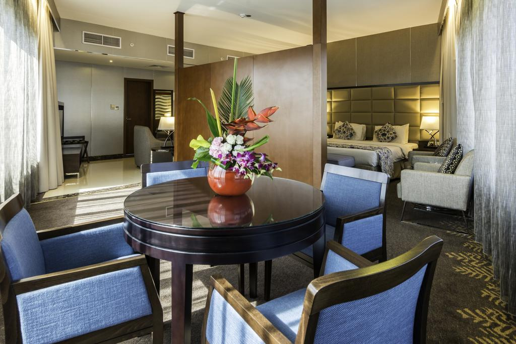 ОАЭ Howard Johnson Hotel Bur Dubai