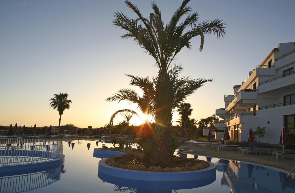 Горящие туры в отель Corallia Beach Hotel Пафос Кипр