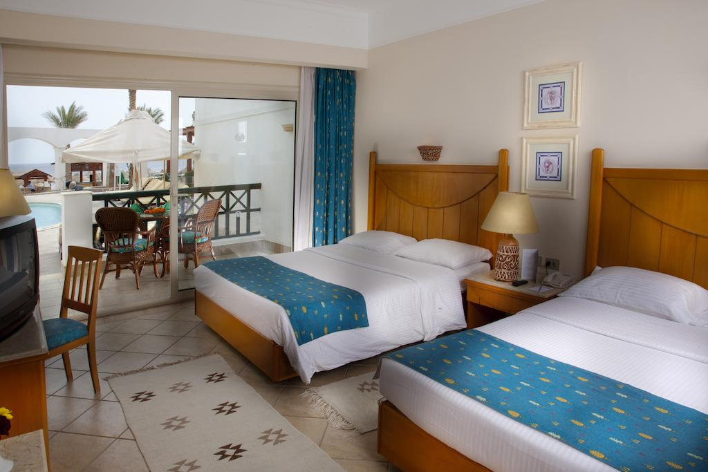 Горящие туры в отель Coral Beach Rotana Resort Montazah Шарм-эль-Шейх Египет