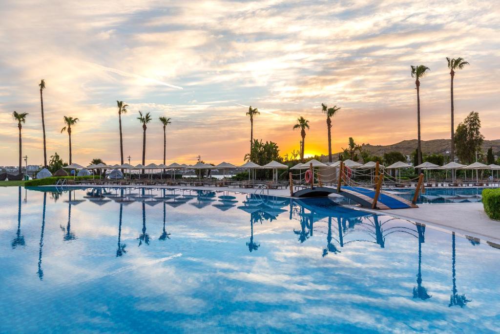 Тури в готель Kefaluka Resort