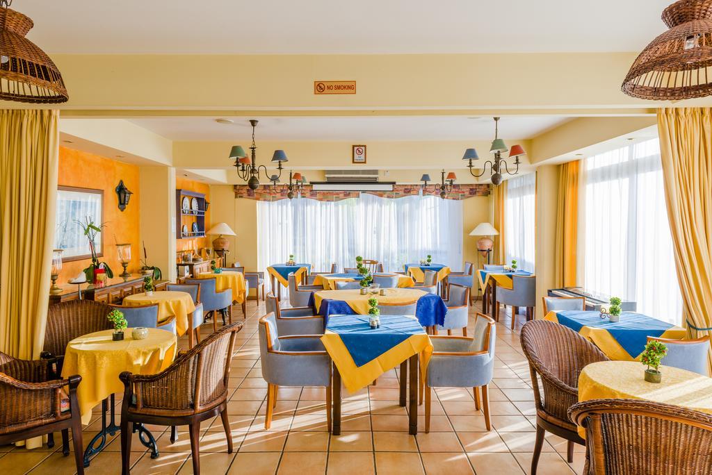 Туры в отель Estella Hotel Apts Лимассол Кипр
