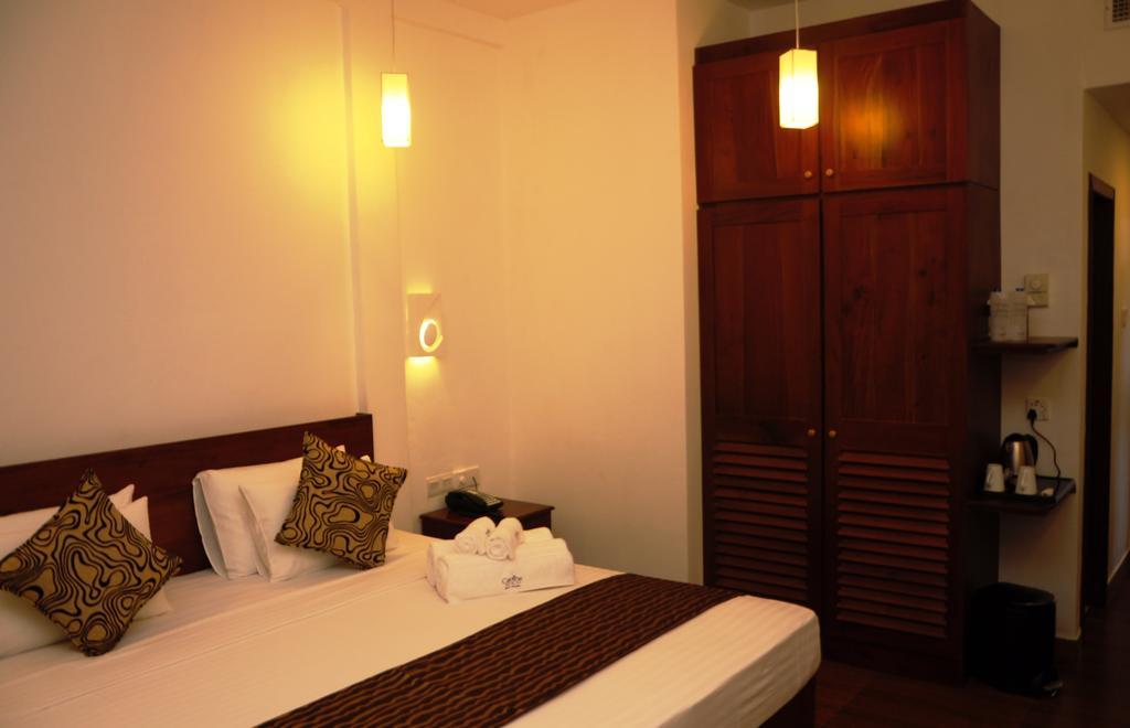 Туры в отель Carolina Beach Hotel Чилау Шри-Ланка