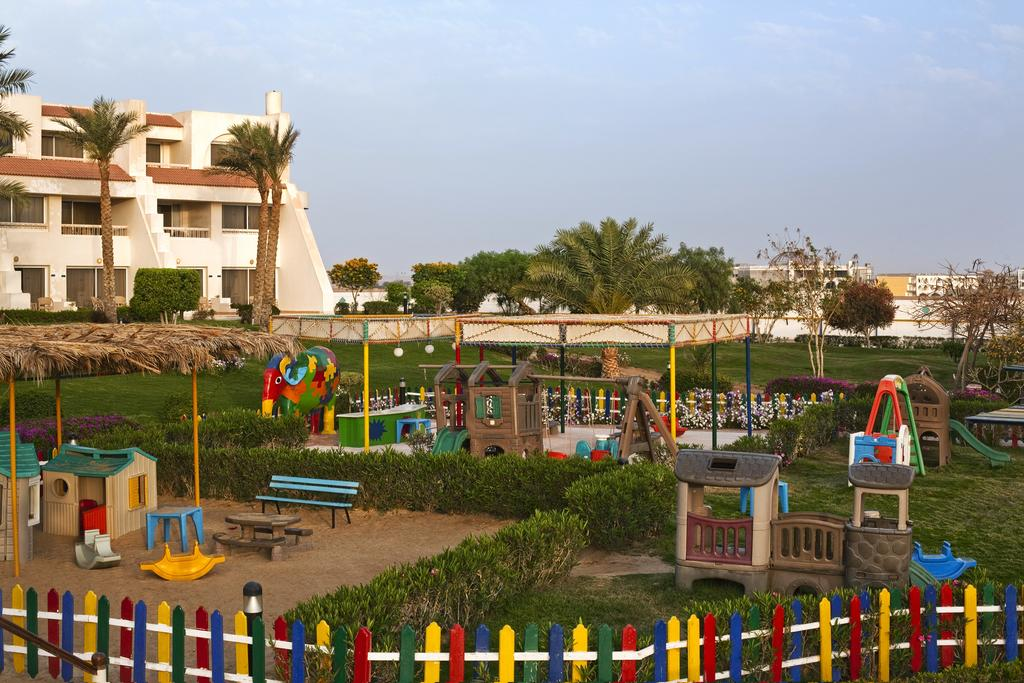 Hilton Hurghada Long Beach Resort, Египет