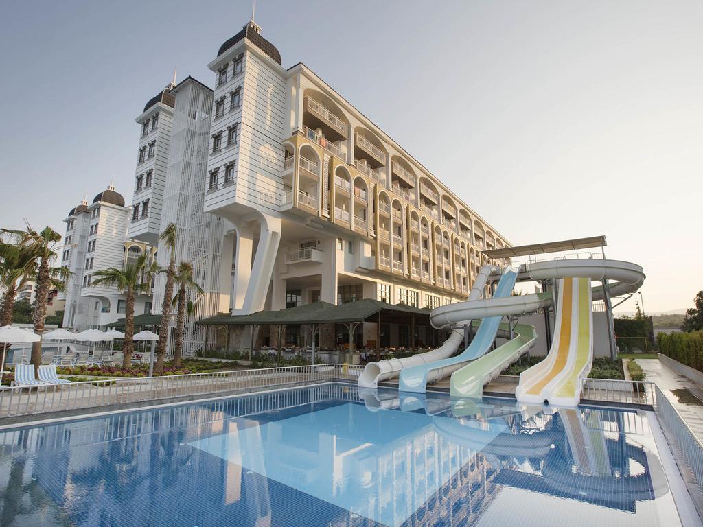 Готель, Kirman Hotels Sidera Luxury & Spa