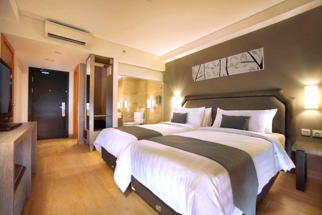 Горящие туры в отель Harper Kuta By Aston Кута