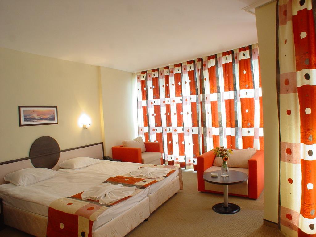 Горящие туры в отель Meridian Солнечный Берег
