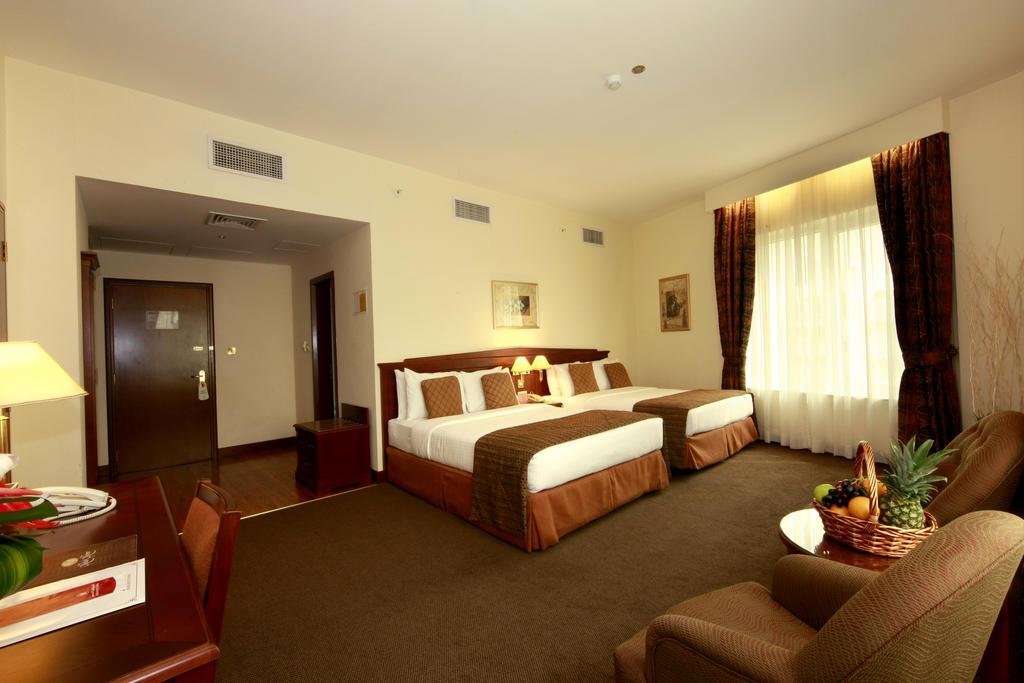 Отзывы гостей отеля Howard Johnson Hotel Bur Dubai