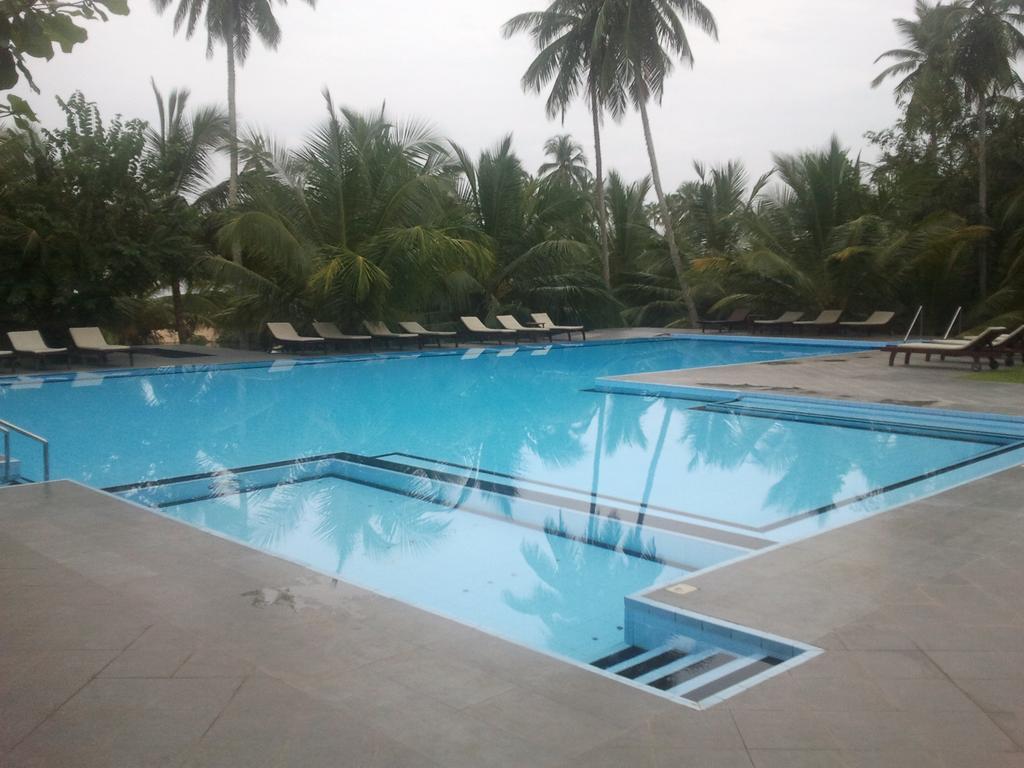 Шри-Ланка Lagoon Paradise Beach Resort