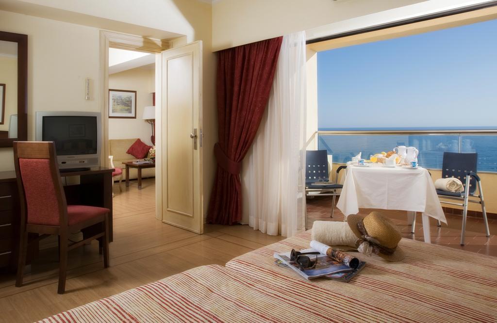 Гарячі тури в готель Yellow Monte Gordo Монте-Горду
