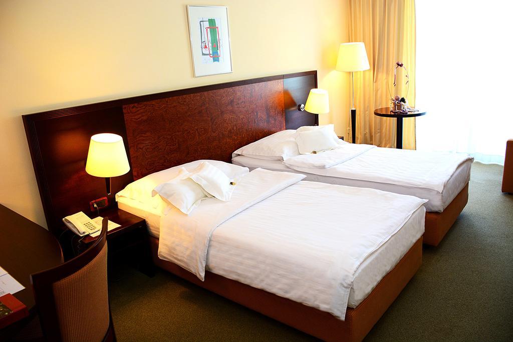 Горящие туры в отель Princess Hotel Бар