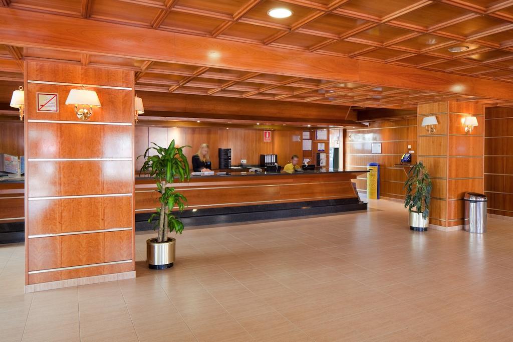 Горящие туры в отель H·top Calella Palace Коста-де-Барселона-Маресме