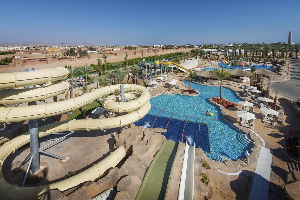 Фото отеля Reef Oasis Beach Resort