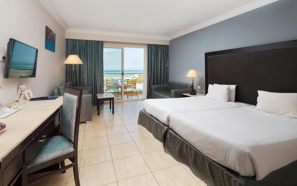 Цены в отеле Hawaii Caesar Palace Hotel & Aquapark (Ex. Mirage Aquapark)
