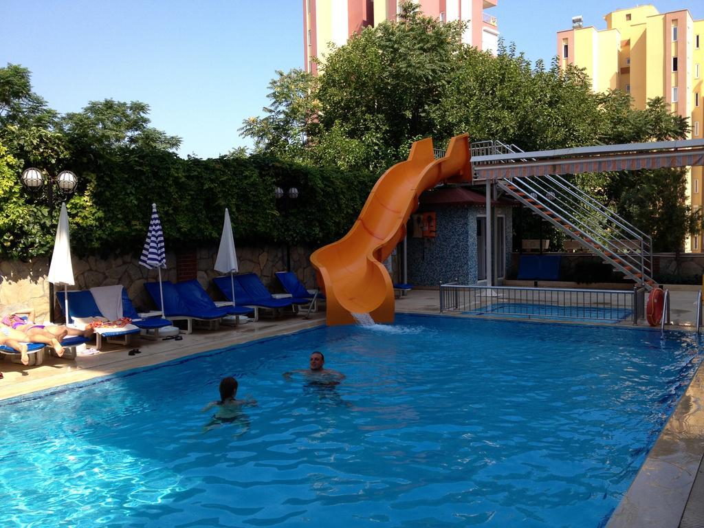 Фото готелю Lara Dinc Hotel