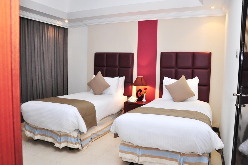Ewan Hotel Apartments, APP, фотографии