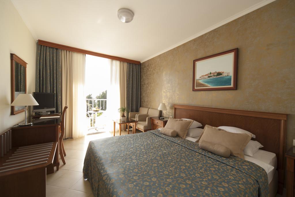Mediteran Becici Hotel, 4, фотографии