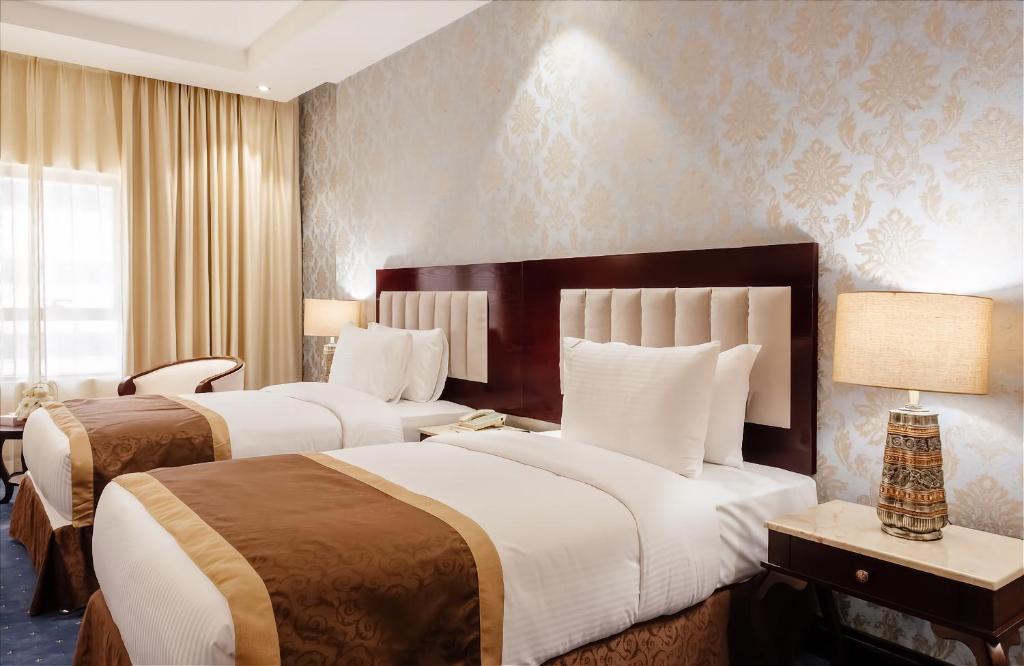 Tulip Inn Al Khan Hotel, 4, фотографии