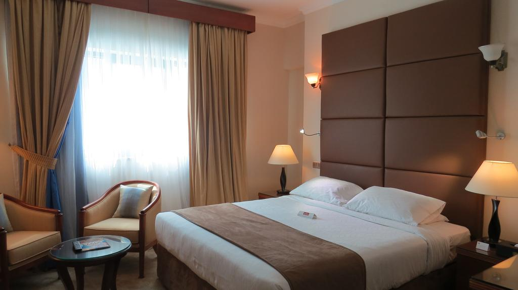 Al Jawhara Gardens Hotel, 4, фотографии