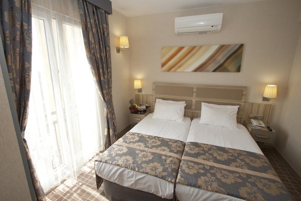 Nanda Hotel, 4, фотографии